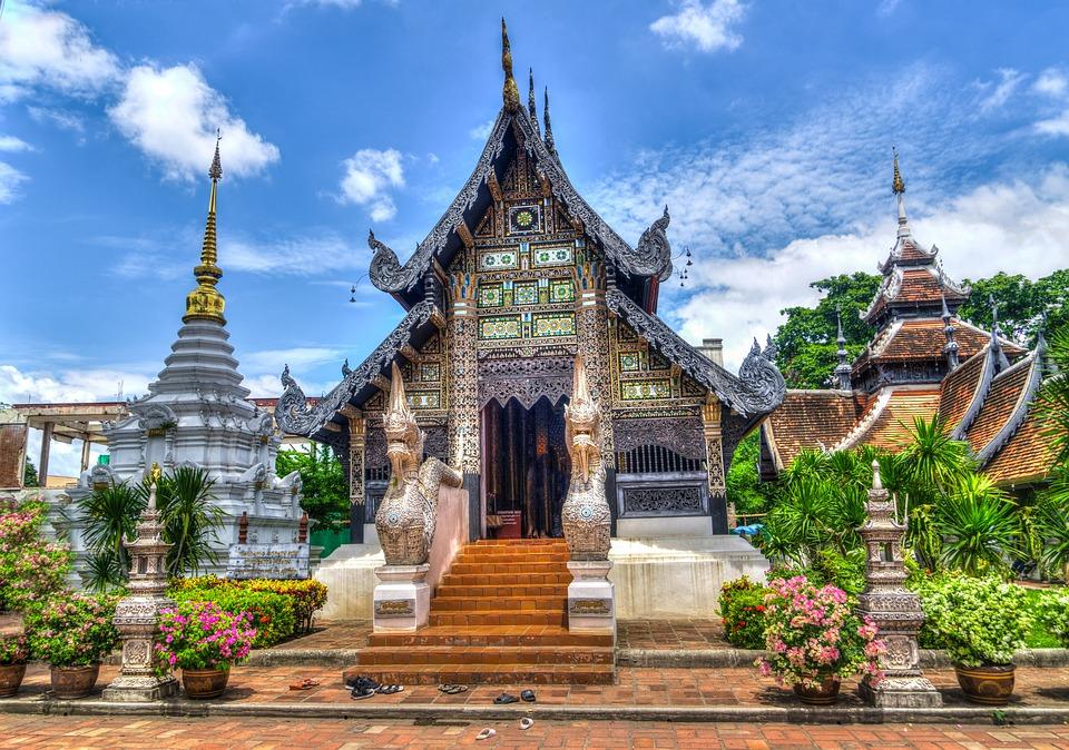chiang mai temple thailand meetngreetme