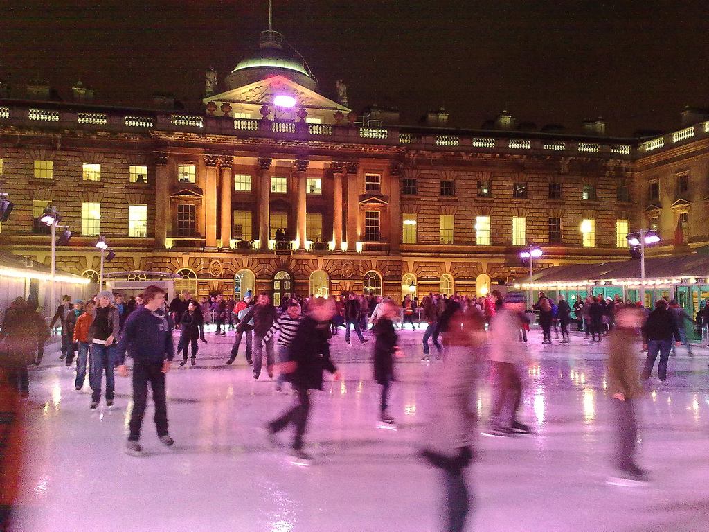 Somerset house ice skate rink