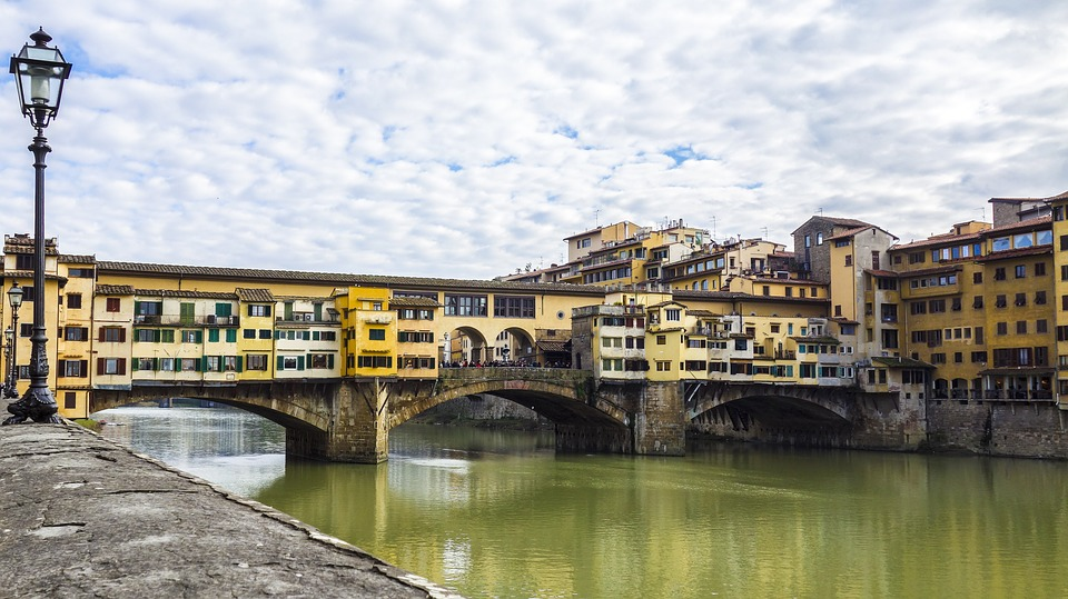 Florence River Italy Bridge Ponte Vecchio Water