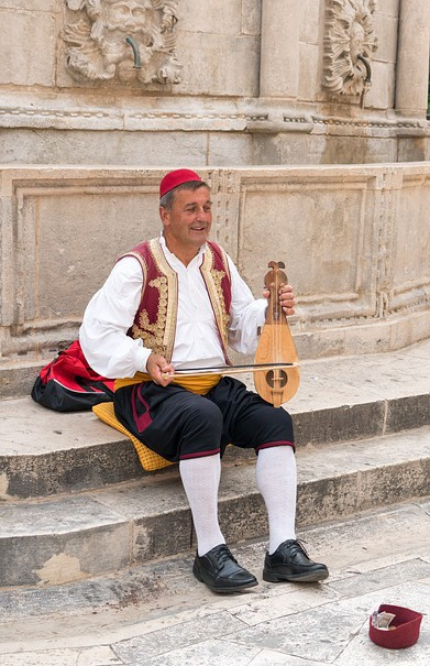 Croatian folklore, music in Hvar