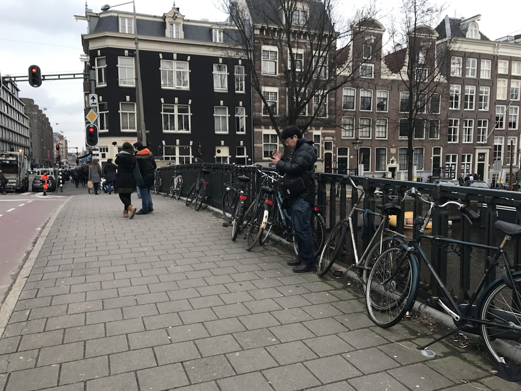 amsterdam travel. bikes