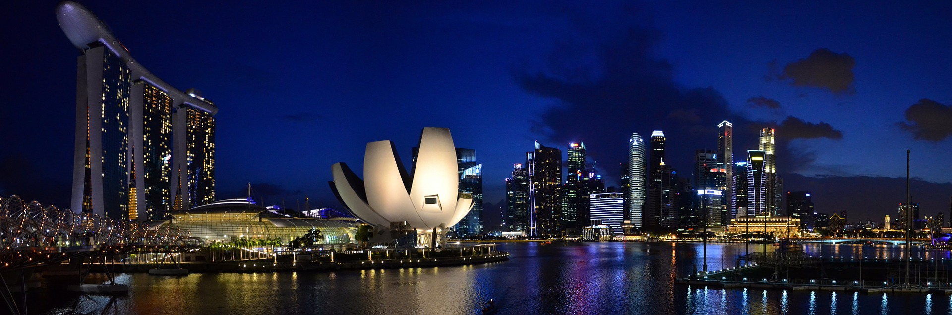 how to visit singapore on budget