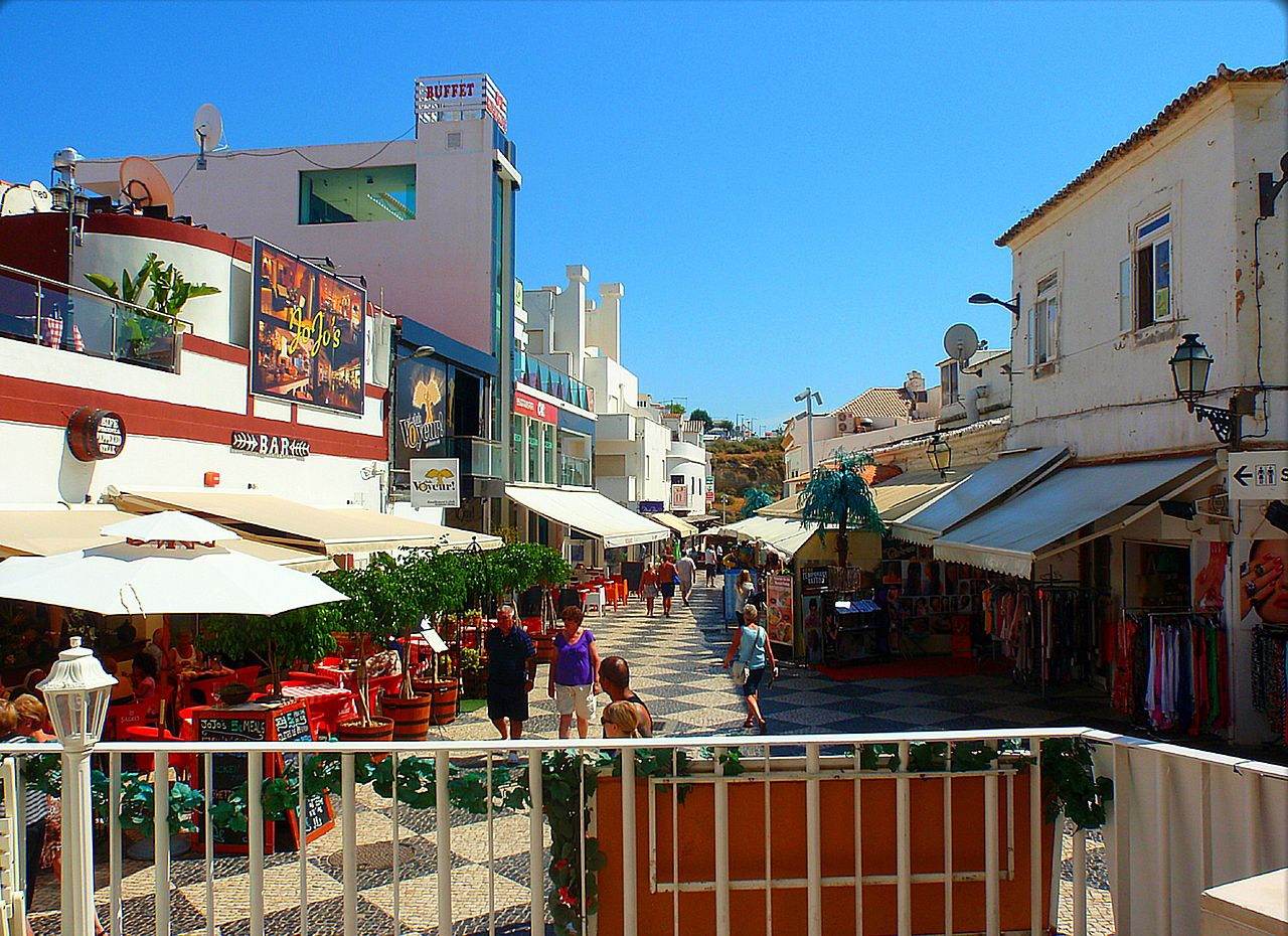 albufeira portugal algarve travel guide