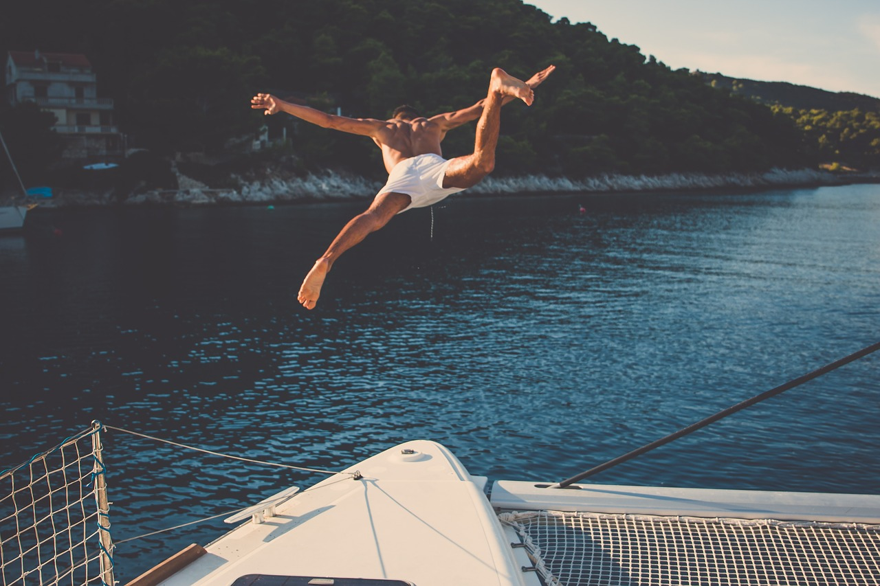 sea, ocean, yacht, travel, trip, vacation, solo, jump