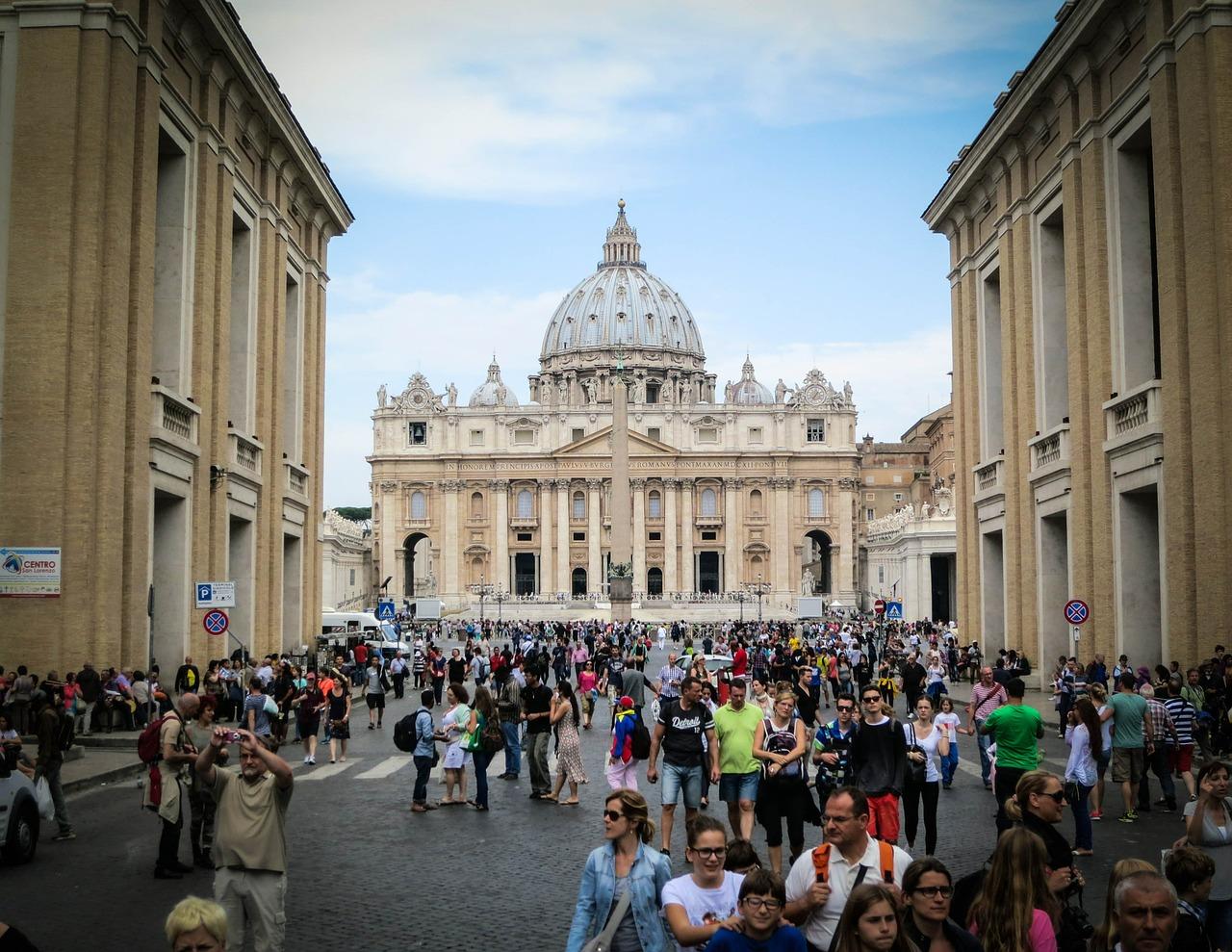 Vatican, travel, tourist traps, Rome, Italy, pizza, pasta, gelato, what to do, hotels, best hotel, Italia, Roma